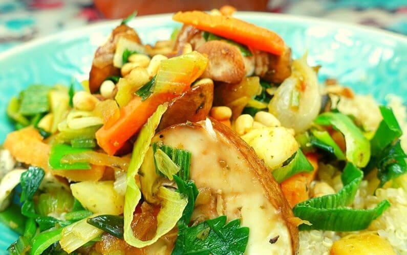 Vegan quinoa met kastanjechampignons zonder gluten en lactose_voor PDS patiënt