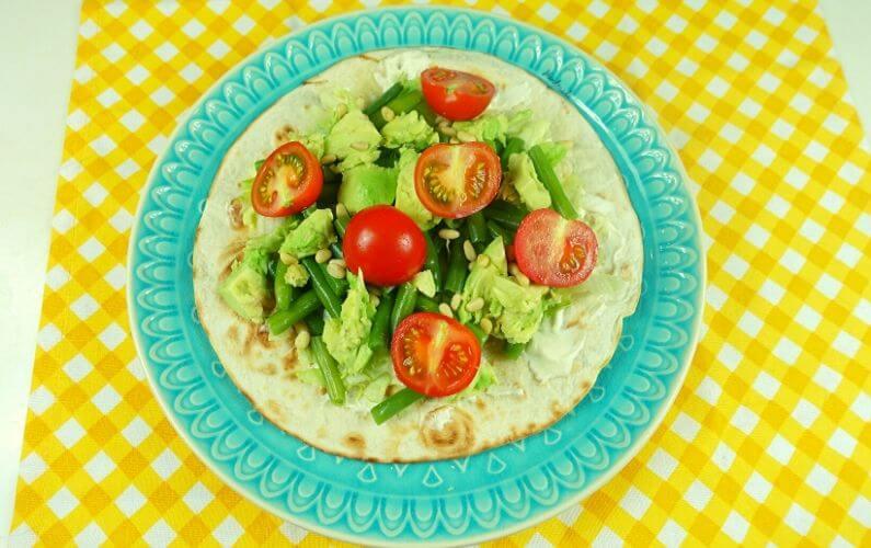 PDS Vegan wrap met avocado en notenpasta zonder gluten