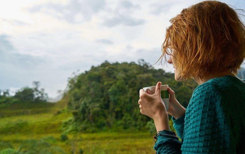 Riny over leren leven met PDS Prikkelbare darm syndroom en hoe ze van haar diarree afkwam
